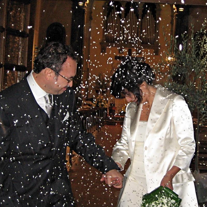 Pioggia di riso sugli sposi di marvig51
