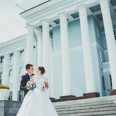 Wedding photographer Arina Morozova (arina-pov). Photo of 09.08.2016