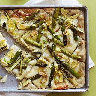 Garlicky Asparagus Flatbread