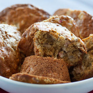 Rhubarb and Oat Muffins.