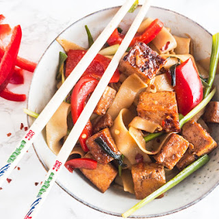 Sweet Garlic Tofu Drunken Noodles Recipe