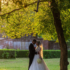 Wedding photographer Cezar Brasoveanu (brasoveanu). Photo of 22.08.2017