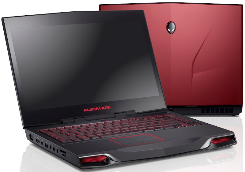 Photo: New Dell Alienware M14x laptops in Stealth Black and Nebula Red.
