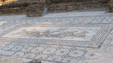Photo: Mosaic floor that actually hasn't been moved to the museum (yet).
