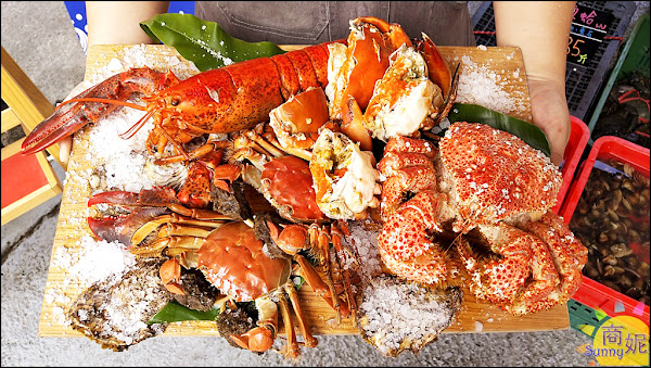 網評4.8分台中的築地市場!阿布潘水產週年慶急速冷凍海鮮9折單筆滿599打卡再送雲林高麗菜,只有4天錯過等明年