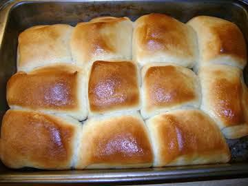 Grandma's Yeast Rolls Recipe