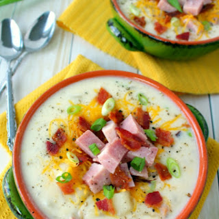 Slow Cooker Loaded Baked Potato and Ham Soup