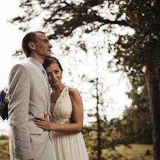 Wedding photographer Anton Kuzmin (AntonKuz). Photo of 04.06.2014