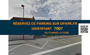 parking à Beillé (72)