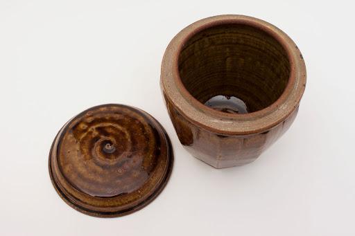 Mike Dodd Ceramic Jar 015