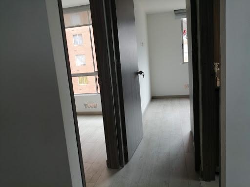 Apartamento en Arriendo - Bogota, El Pinar 642-4573