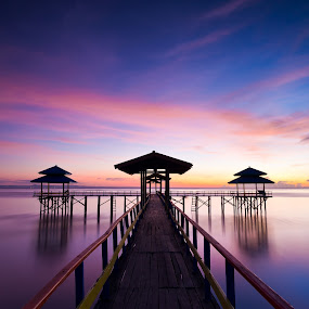Same place different time by Robertho Ponomban - Landscapes Waterscapes ( beaches, waterscape, harbour, sunrise, landscape )