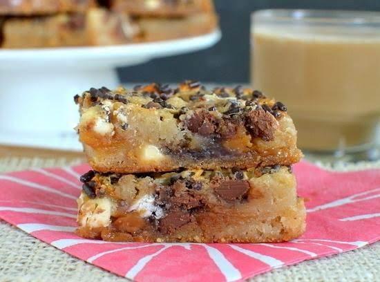 Caramel Macchiato Gooey Cake Bars Recipe