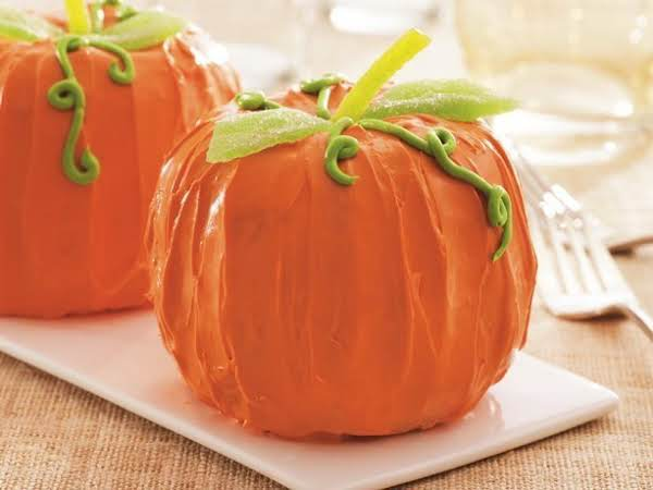 Mini Pumpkin Bundt Cakes Recipe