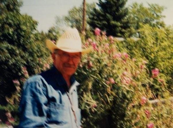 Foto of my man,looking like the Marlboro Man,in Cheyenne WY.***RECIPE:..Add onions, garlic and cook...