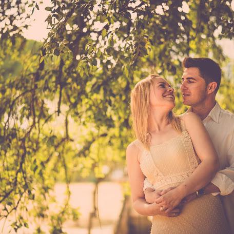 Wedding photographer Carlos Martin (carlosmartin). Photo of 02.09.2016