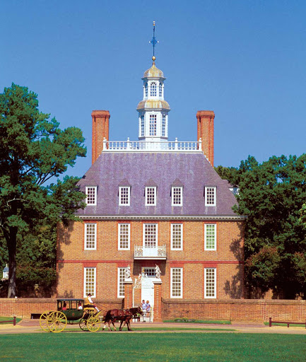 Williamsburg-colonial-building.jpg -  Williamsburg, Virginia, sports colonial architecture such as the Governor's Palace.