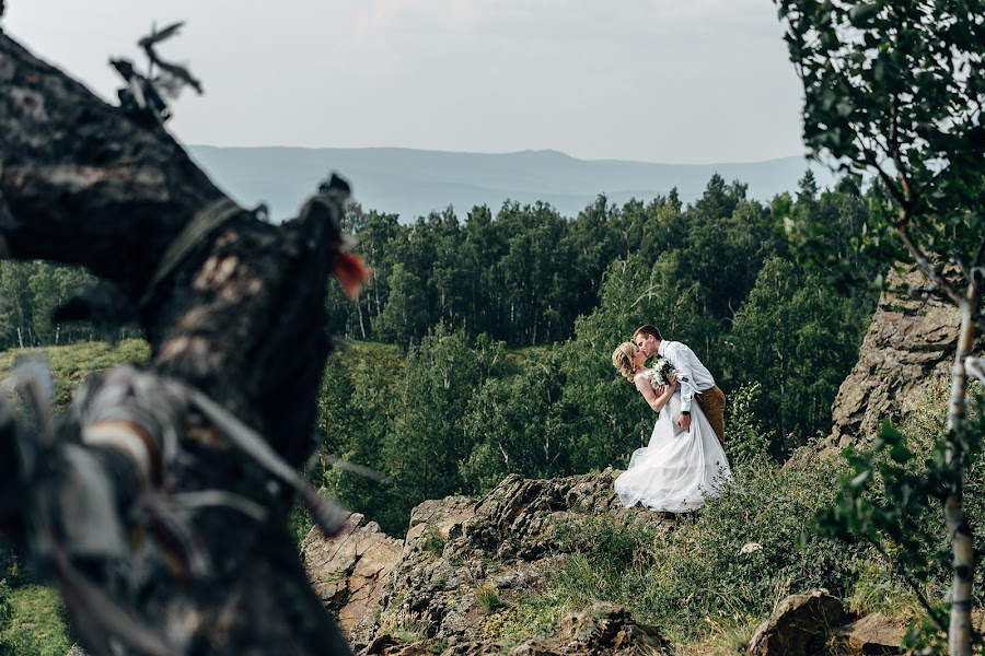 Wedding photographer Sergey Vakhrushev (SVakhrushev). Photo of 21.12.2018