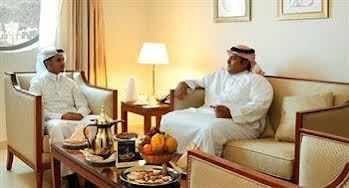 Makarim Albait Hotel