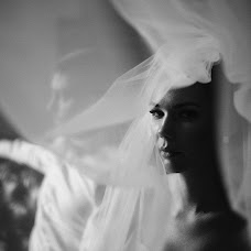 Wedding photographer Vladimir Shkal (shkal). Photo of 21.02.2018
