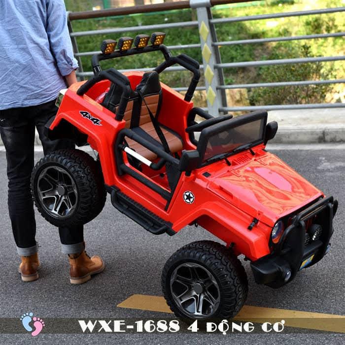 Ô tô điện cho bé WXE-1688 khủng với 4 động cơ 7