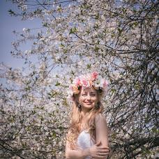 Wedding photographer Roman Bulgakov (Pjatin). Photo of 15.05.2015