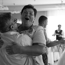 Wedding photographer Pavel Petruk (pauljj). Photo of 19.08.2013