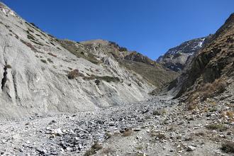 Photo: Remontée de la gorge de la Madhi khola