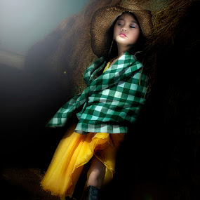 by Eewoj Alcala - Babies & Children Child Portraits