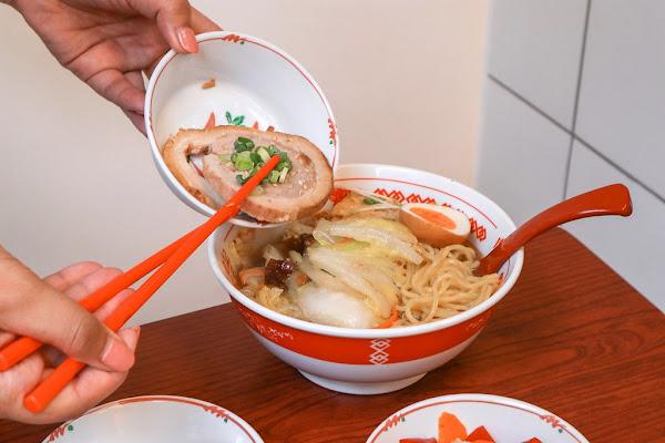 餃子控必看台北特色日式脆皮一口煎餃,福岡小有名氣冰涼炸雞都在這!