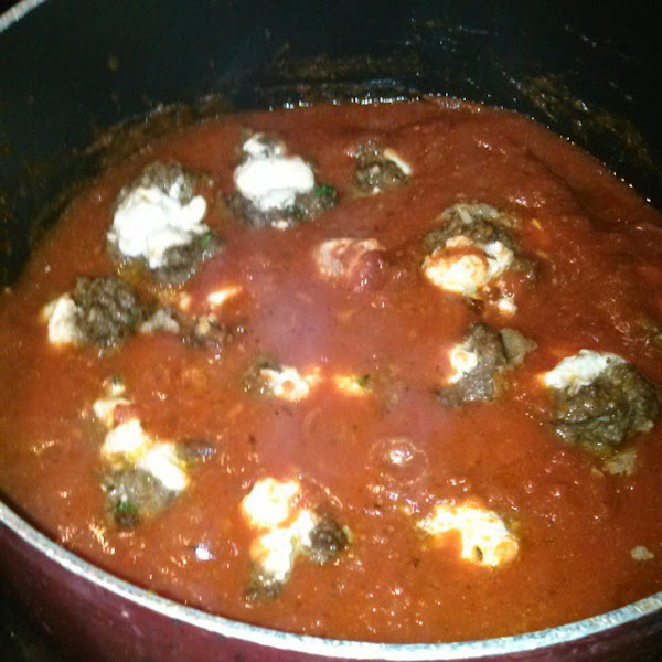 Balls Filled With Goat Cheese In Marinara Sauce Recipe
