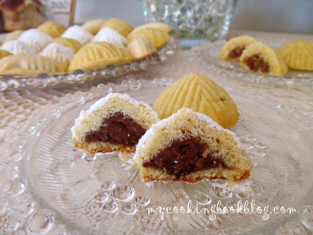 Маамул (Ma'amoul) или сладки с грис и плънка от фурми или ядки