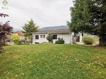 maison à Bellegarde-sur-Valserine (01)