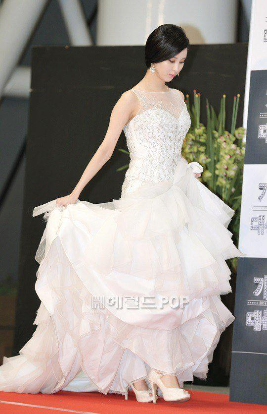 seohyun gown 15