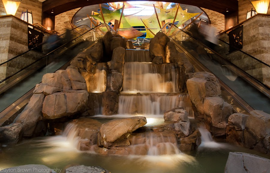 Mohegan Sun Casino by Dayton Brown - Landscapes Travel (  )