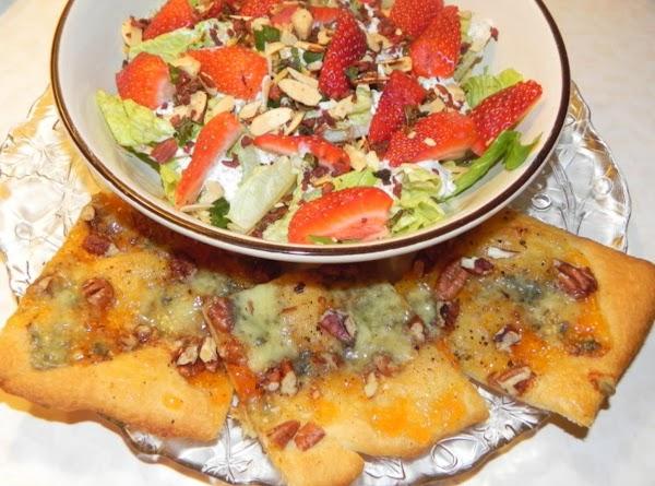 Apricot-gorgonzola Crescent Appetizers - Ww Value:5 Pts Recipe