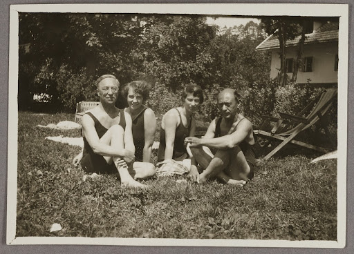 Wassily, Nina Kandinsky, Arnold Schönberg and his wife in Pörtschach