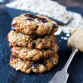 Peanut Banana Oat Cookies