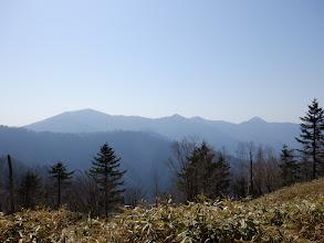 左から不動岳・鎌崩頭・丸盆山・黒法師岳など