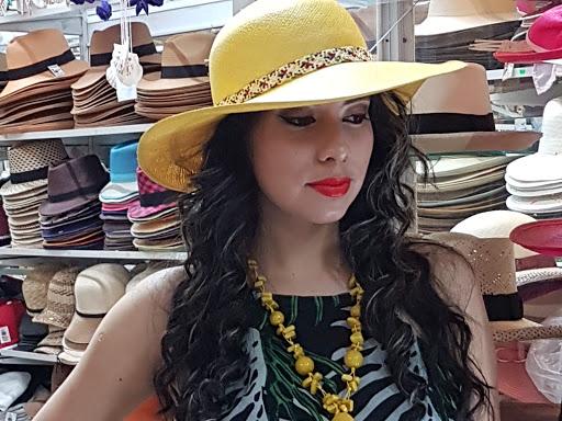 MontEcuadorHats (Panama hats) sombreros finos Montecristi Ecuador 4176f3a9337