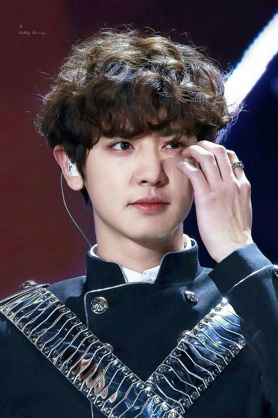 chanyeol curls 3