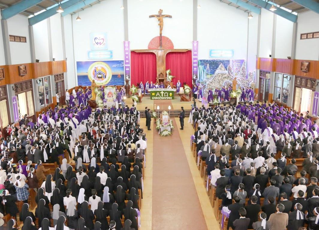Thánh lễ an táng Cha Đaminh Vũ Đức Hậu - Giáo phận Ban Mê Thuột - Ảnh minh hoạ 9