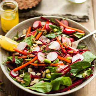 Super Clean Spinach And Beetroot Salad (with Olive Oil Dressing).