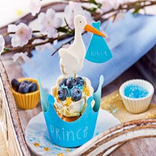 Het is een jongen! Blauwe bessen geboorte cupcakes