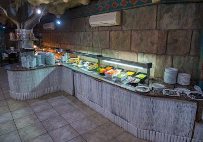 FOOD & DRINK - Restaurant