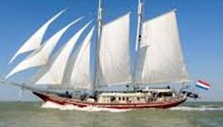 Sail b.jpg
