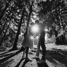 Wedding photographer Jan Dikovský (JanDikovsky). Photo of 07.12.2017