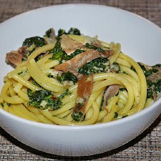 Fresh Pasta with Spinach and Prosciutto Recipe
