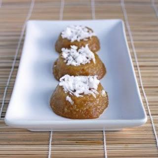 Palm Sugar Rice Cakes (Kuih Kosui).