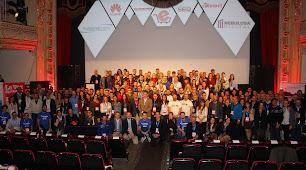 Foto de familia con organizadores y asistentes al I Congreso eCommerce.